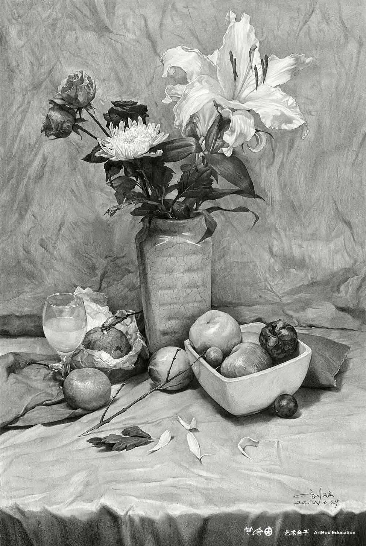 艺术合子刘斌日常大幅静物水果与花卉静物素描细致照片写实主义